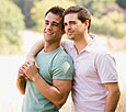 Отношение людей к гомосексуалистам постепенно улучшается