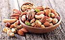 Зачать ребенка помогут орехи