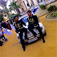 В Испании впервые поженились полицейские-геи