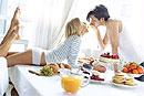 Повысить сексуальную активность человека поможет эротическая кулинария